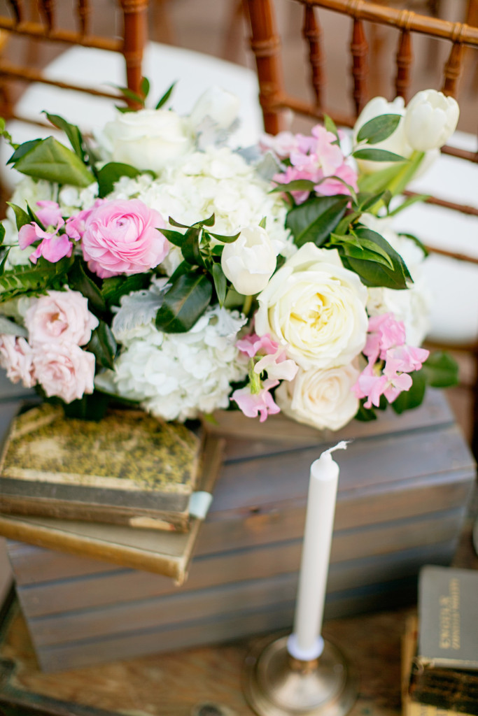 Florals and candles at ceremony