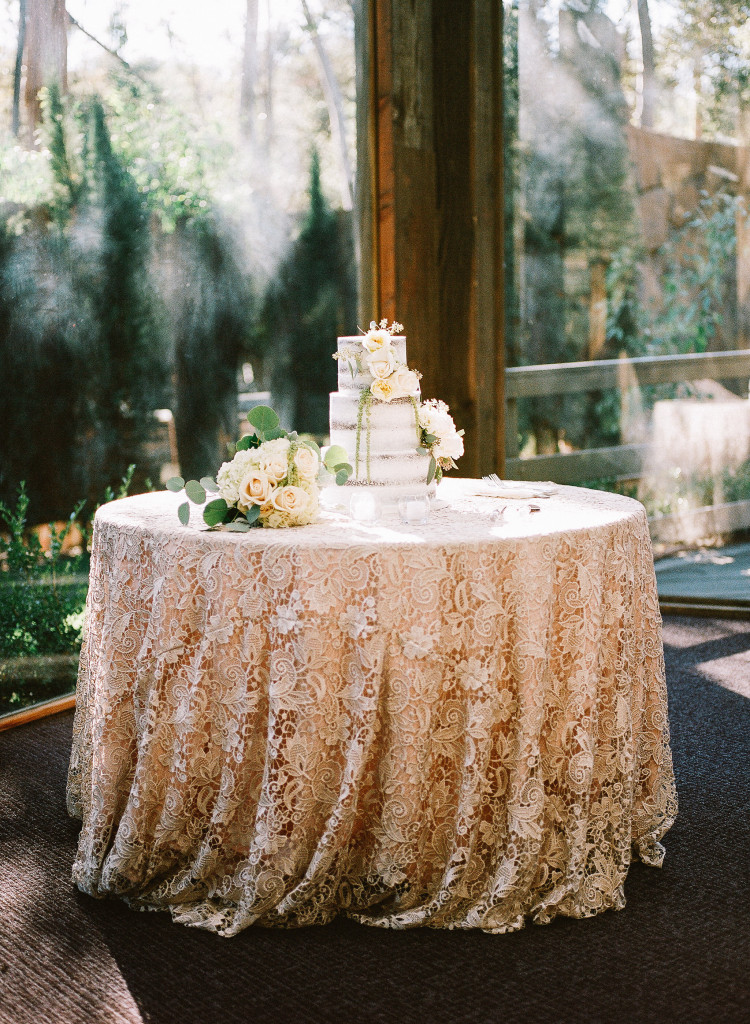Naked Cake in Oaks Room