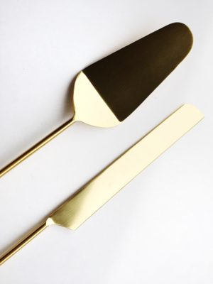 Lucky Rentals // Anthropologie Cake Knife and Server // Southern California Wedding Detail Rentals // Lucky Day Events Co.