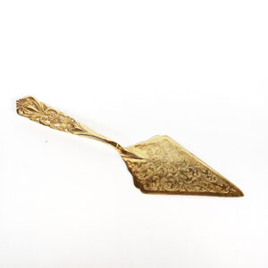 Lucky Rentals // Gold Vintage Cake Server // Southern California Wedding Detail Rentals // Lucky Day Events Co.