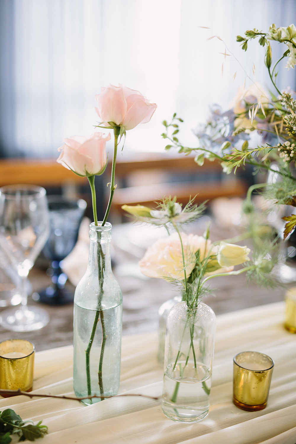 bud vases wedding