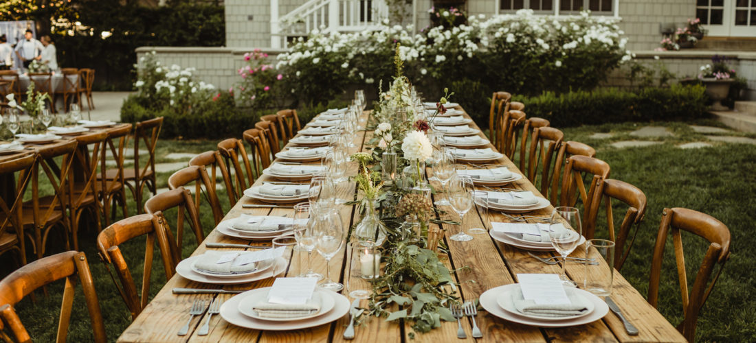 long tables wooden decor wedding