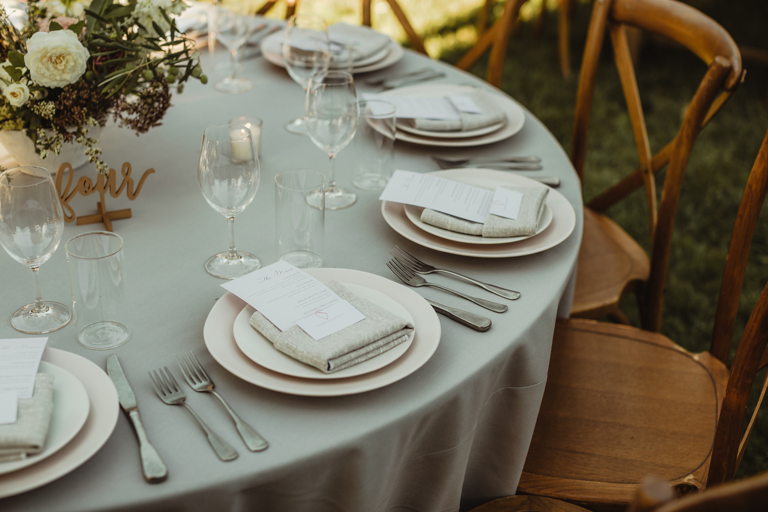 grey linen table for wedding