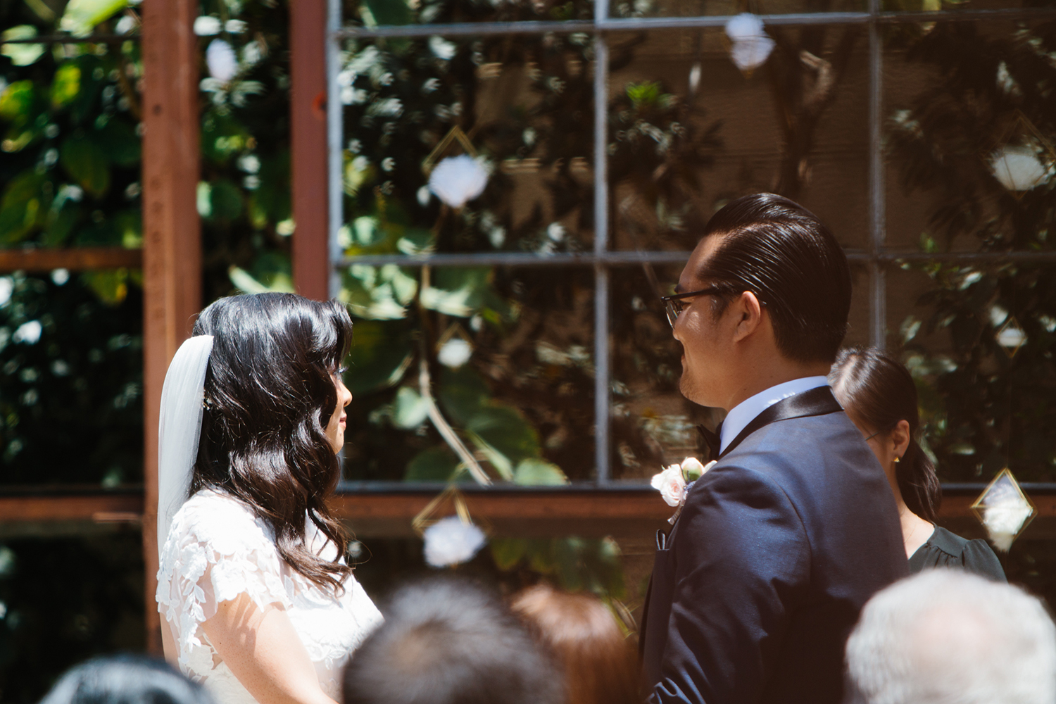 Modern wedding ceremony in Los Angeles